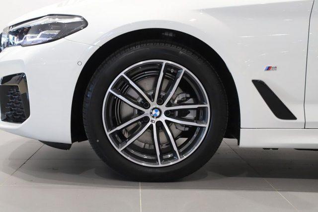 BMW 520 D XDrive Touring 48V MSPORT HYBRID MY 2021 gancio Immagine 3