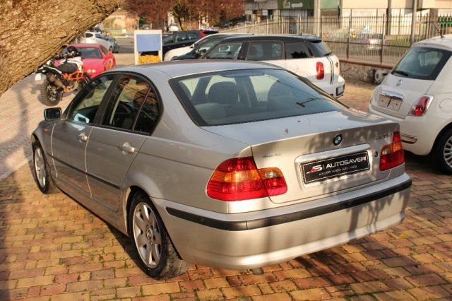 BMW 320 d turbodiesel cat 4 porte Attiva 220000 km