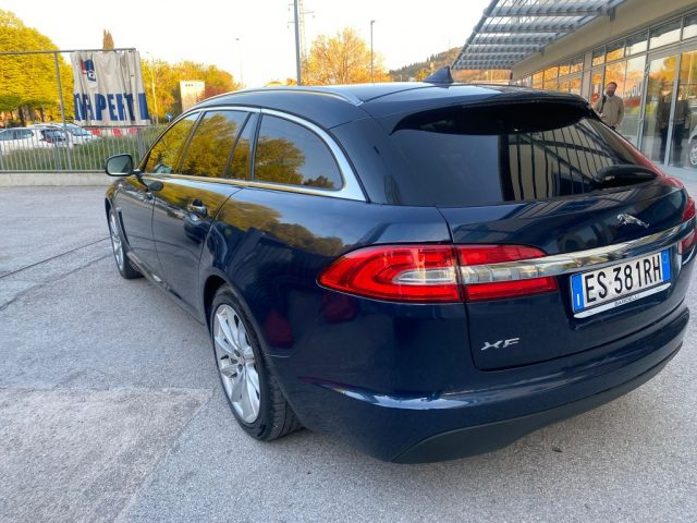 JAGUAR XF Sportbrake 2.2 D 200 CV Premium Luxury Immagine 3