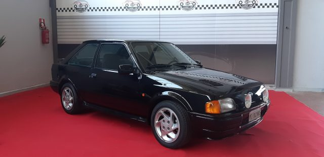 FORD Escort Nero pastello