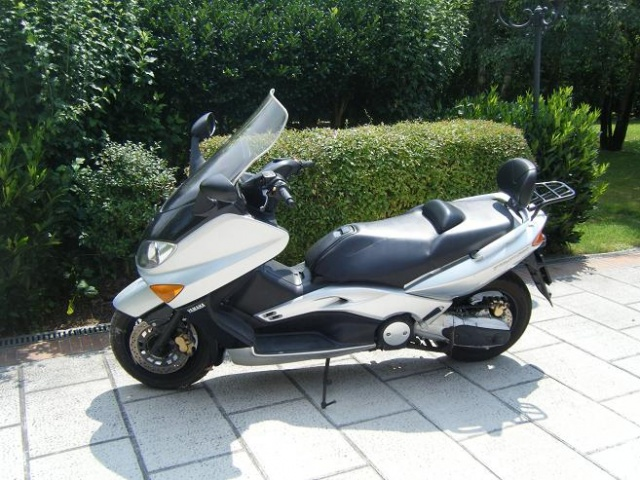 MOTOS-BIKES Yamaha T-MAX 500 scooter solo 12500 km REALI Immagine 0