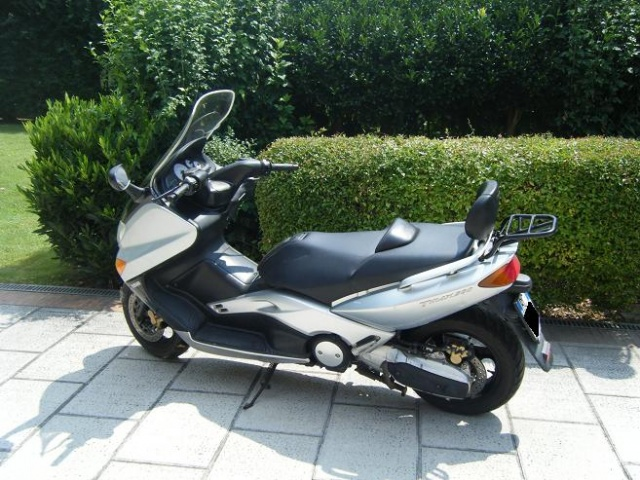 MOTOS-BIKES Yamaha T-MAX 500 scooter solo 12500 km REALI Immagine 1