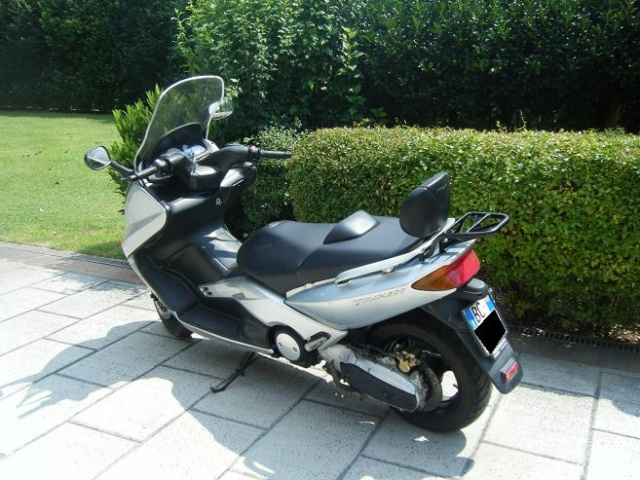 MOTOS-BIKES Yamaha T-MAX 500 scooter solo 12500 km REALI Immagine 2