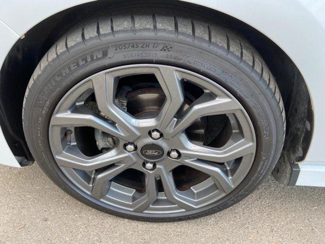 FORD Fiesta 1.5 TDCi 5 porte ST-Line Immagine 4