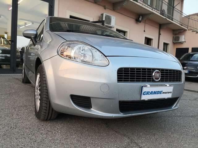 FIAT Grande Punto 1.4 5 porte METANO Immagine 0