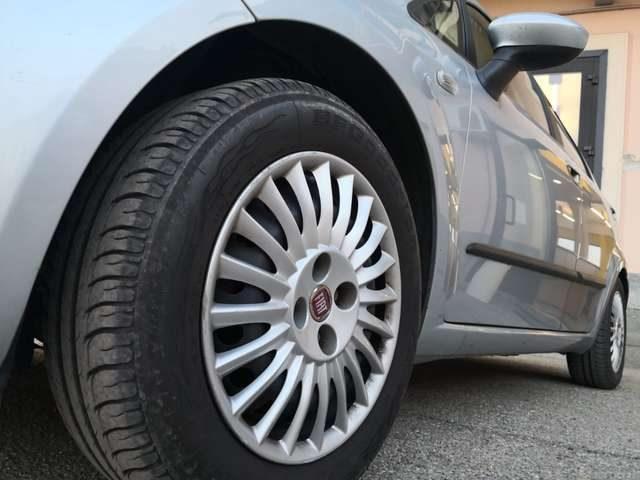 FIAT Grande Punto 1.4 5 porte METANO Immagine 4