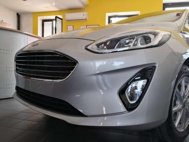 FORD Fiesta 1.1 75 CV 5 porte Titanium Immagine 3