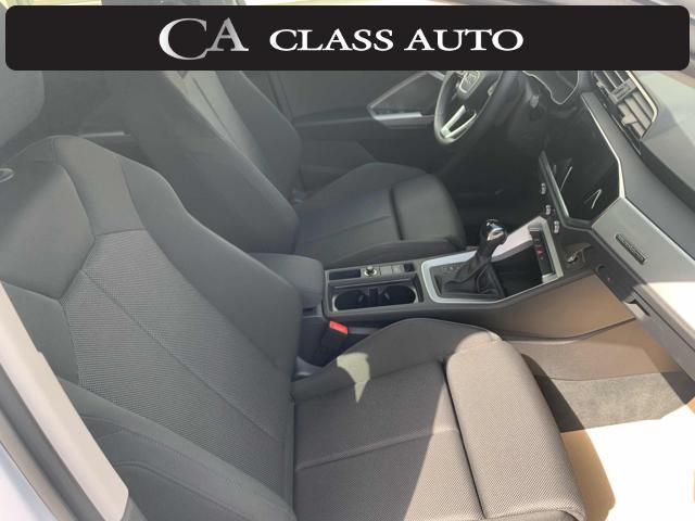 AUDI Q3 40 TDI quattro S tronic Business Advanced Immagine 4
