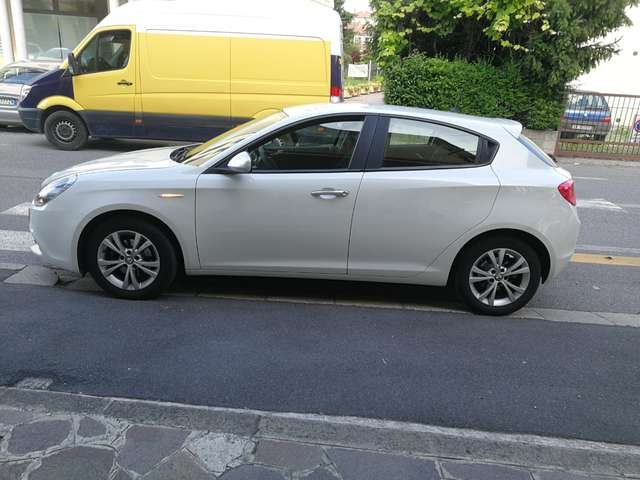 ALFA ROMEO Giulietta 1.6 JTDm-2 105 CV Business Immagine 2