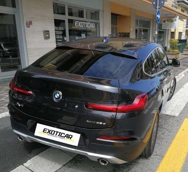 BMW X4 xDrive25d xLine Immagine 2