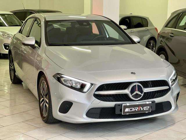 MERCEDES-BENZ A 180 d Automatic 4p. Business Extra Immagine 1