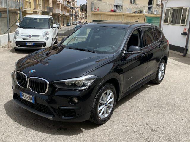 BMW X1 sDrive18d Business Immagine 2