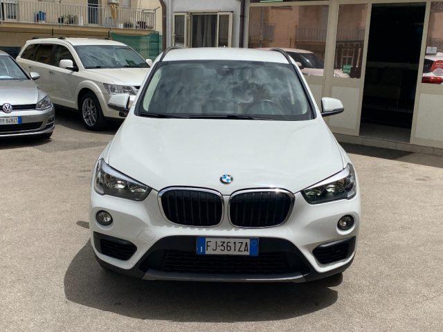 BMW X1 sDrive16d Advantage Immagine 1