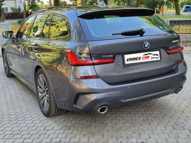 BMW 320 d Touring Msport LIVE COCKPIT-SEDILI RISCALD. Immagine 3
