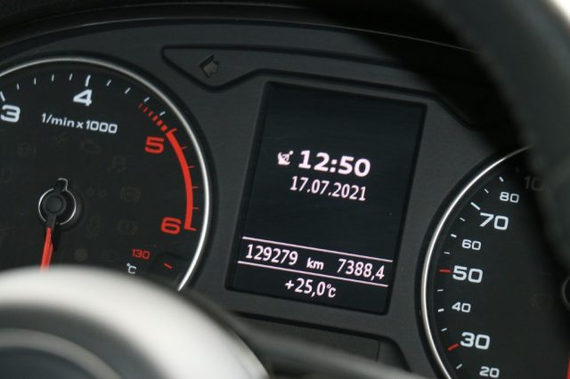 AUDI A3 1.6 TDI 116 CV Business 130000 km 11