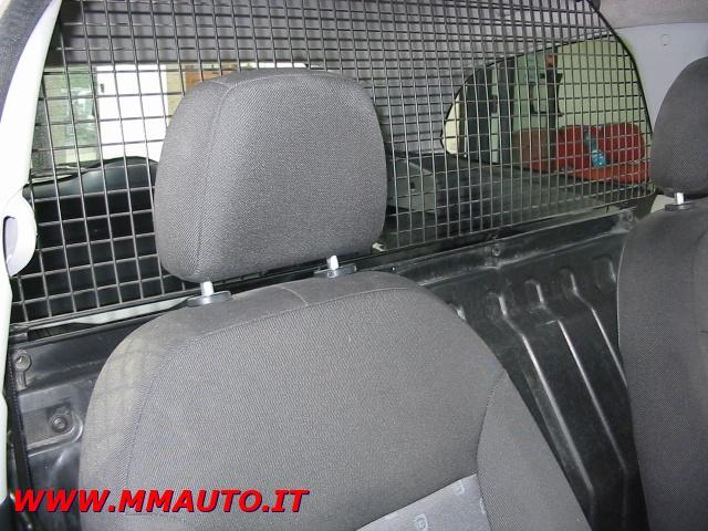 FORD Fiesta 1,4 TDCI  VAN (CLIMA) Immagine 4