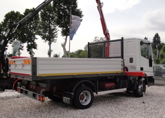 IVECO LKW/TRUCKS Eurocargo 75E15 con gru e ribaltabile Immagine 2