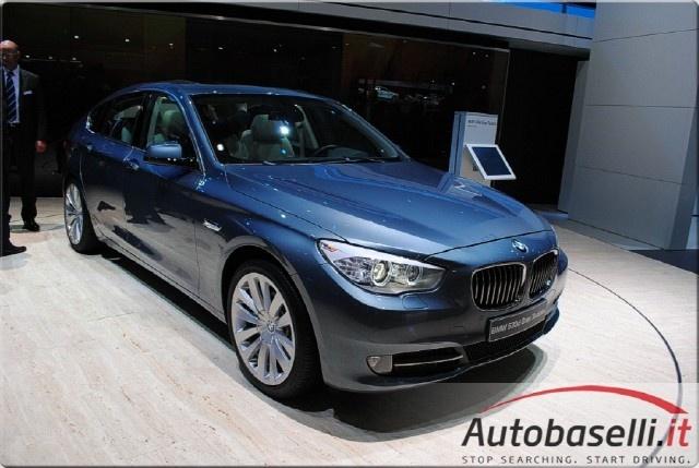 BMW 520 E90 COMPRO AUTO PAGAMENTO IN CONTANTI Immagine 1