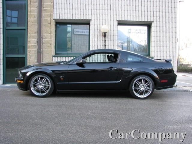FORD Mustang GT 4.6 V8 AUTOMATIC PREMIUM EDITION CERCHI 20 Immagine 0