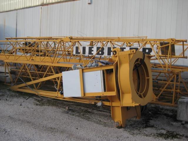 LIEBHERR 30LC-anno2006 h24 braccio35 A TORRE Immagine 1