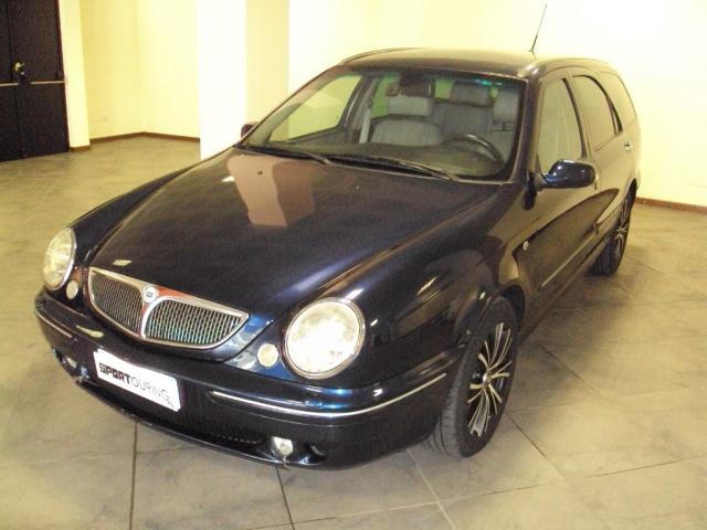 http://graphics.gestionaleauto.com/gonline_graphics/2776175_E_4fdeff11d2c7c.jpg