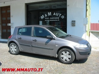 Renault mégane usato 1,5 dci   5p  clima!!!!!!!(motore usurato)