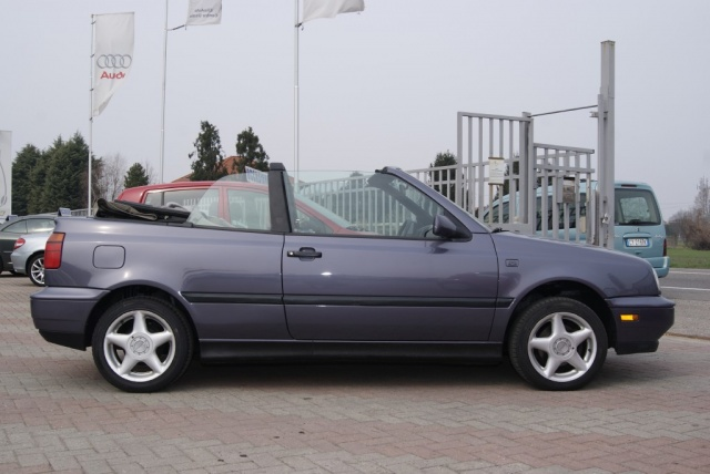 VOLKSWAGEN Golf Cabriolet 2.0 i AUTOMATICO Immagine 0