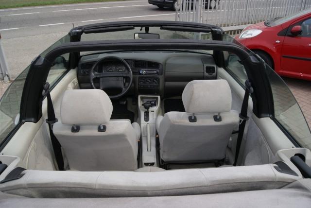 VOLKSWAGEN Golf Cabriolet 2.0 i AUTOMATICO Immagine 4