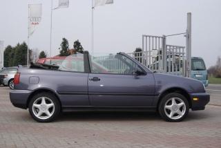 Volkswagen Golf Usato Cabriolet 2.0 i AUTOMATICO
