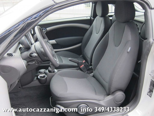 MINI Coupé COOPER 1.6 16v 122cv AUTOMATICA SUPER OFFERTA Immagine 2