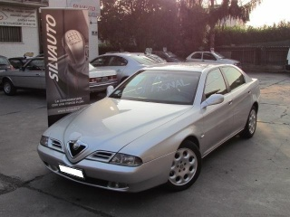 Alfa romeo 166 usato 2.5i v6 24v cat