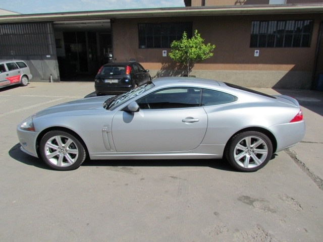 JAGUAR XK 4.2 V8 COUPE' SPORT - MY 2008 Immagine 2