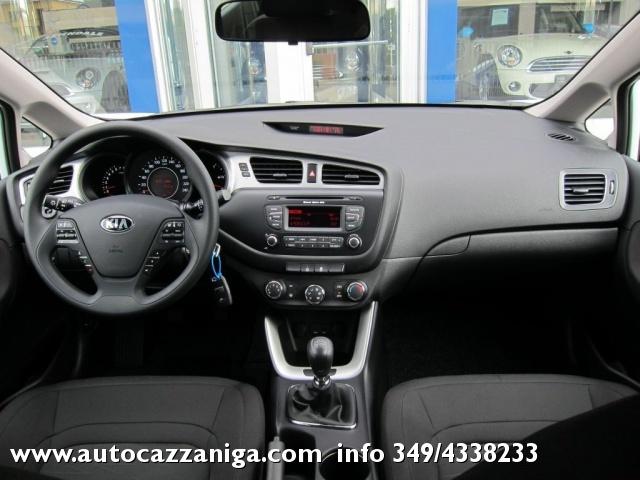 KIA cee'd Sportswagon 1.6 CRDi 110cv SW AUTOMATICA ACTIVE E COOL PRONTA Immagine 3