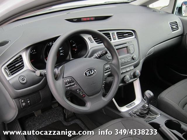 KIA cee'd Sportswagon 1.6 CRDi 128cv AUTOMATICA SW COOL PRONTA CONSEGNA Immagine 3