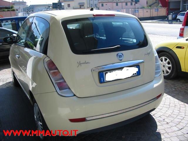 LANCIA Ypsilon 1.3 MJT 90 CV Oro Bianco!!!! Immagine 0