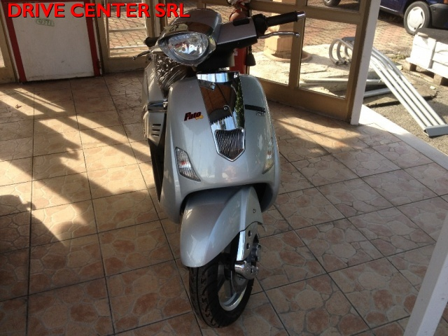 MOTOS-BIKES Indian Argento metallizzato