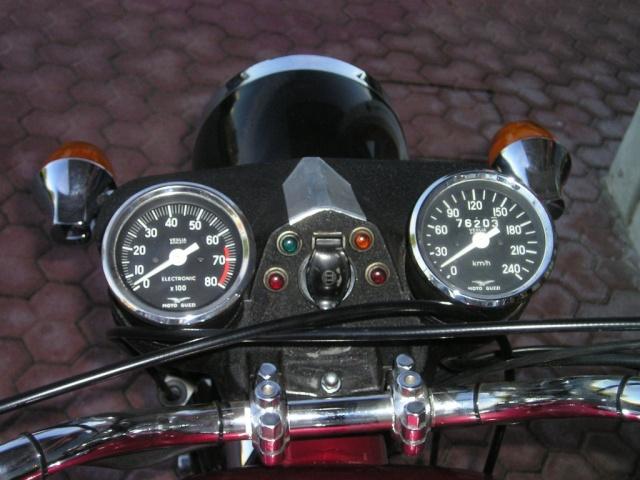 MOTO GUZZI V7 Classic GT 850 Immagine 3