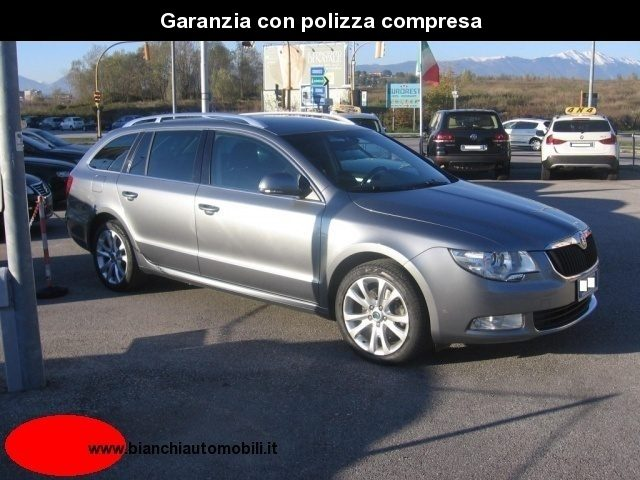 SKODA Superb 2.0 TDI 140CV Ambition ?9900 export Immagine 4