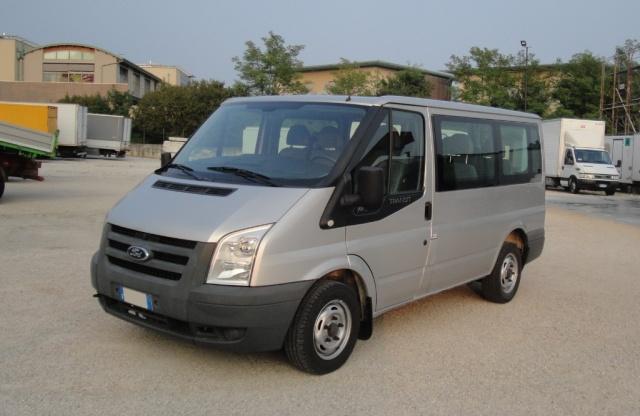 FORD Tourneo Transit 115 T 350 9 Posti
