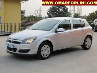 Opel astra usato 1.7 cdti njoy 100cv 5pt.clima radio motore...