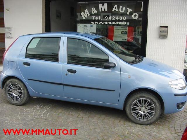 FIAT Punto 1.2 5 porte  dynamic Natural Power!!!!! Immagine 2