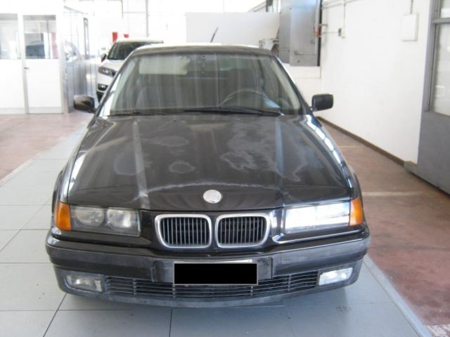 BMW 318 tds turbodiesel cat Compact Immagine 1