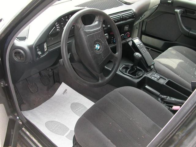 BMW 525 tds turbodiesel cat Touring Attiva Immagine 3