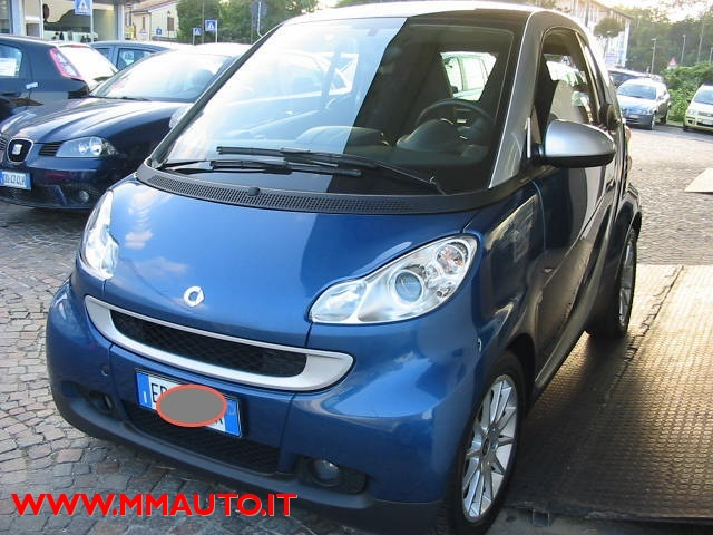 SMART ForTwo 1000 52 kW MHD coupé passion!!!! Immagine 2