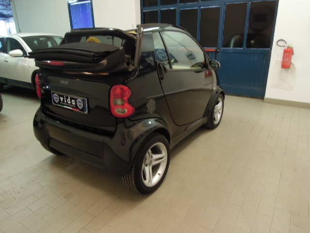 SMART ForTwo 700 cabrio PULSE (45 kW) Immagine 3