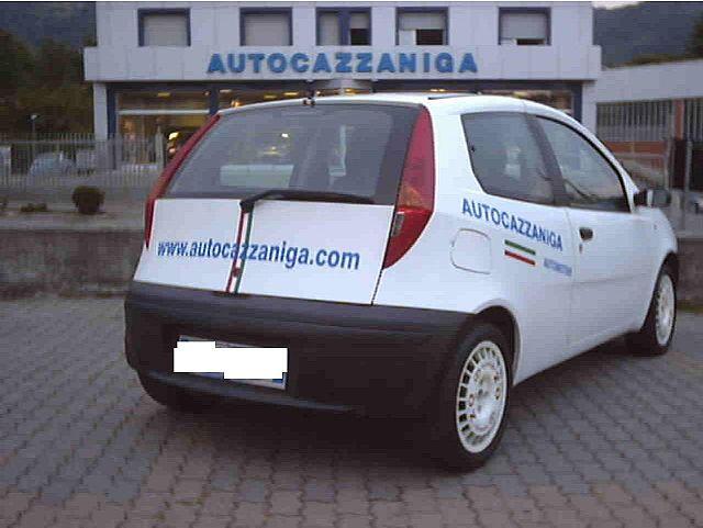 FIAT Punto 1.2 60 CV PRATICAMENTE NUOVA Immagine 3