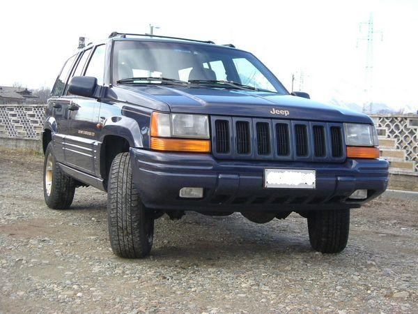 JEEP Grand Cherokee Limited 5.2 V8 GPL Immagine 0
