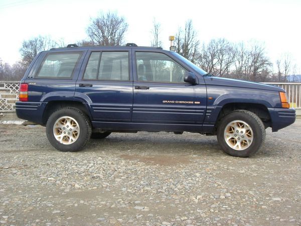 JEEP Grand Cherokee Limited 5.2 V8 GPL Immagine 1