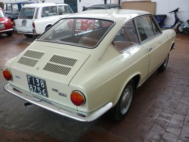 FIAT Other 850 Coupè (100GC) 1967 Immagine 2