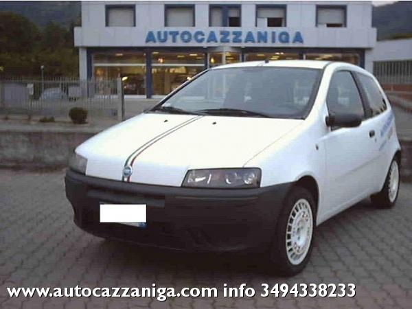 FIAT Punto 1.2 60 CV PRATICAMENTE NUOVA Immagine 0